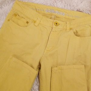 Dollhouse Skinny Jeans in Yellow